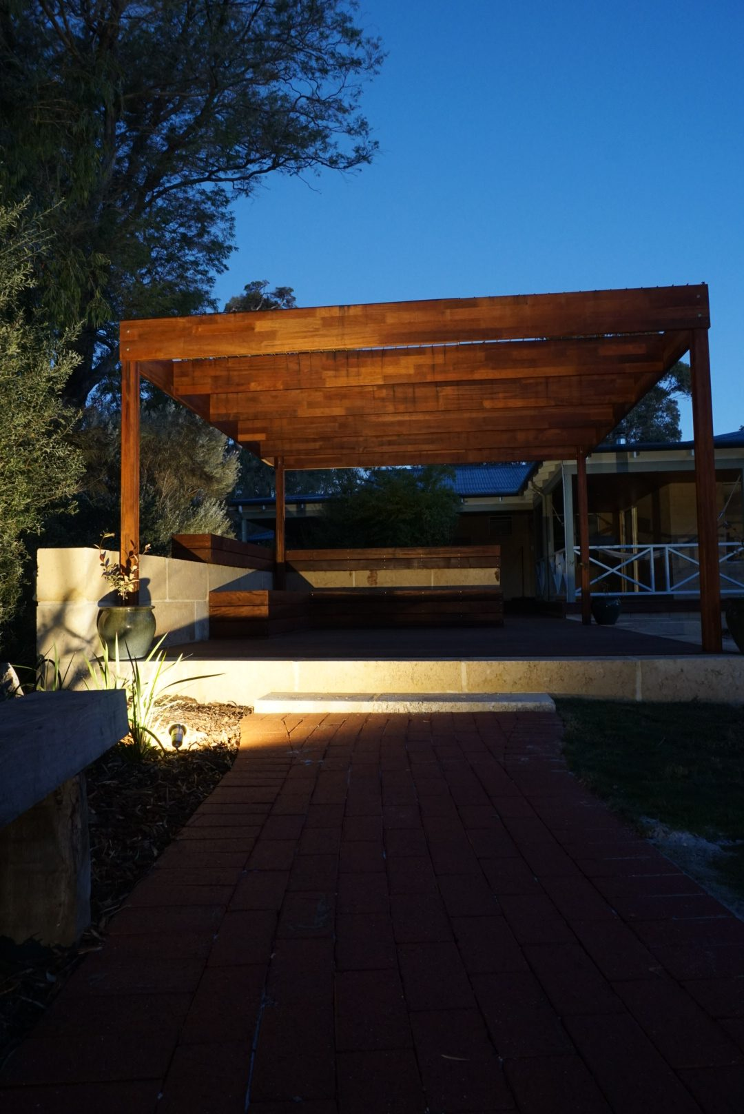 Outdoor lighting - Geographe landscapes - Autumn